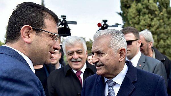 AK Parti İstanbul Büyükşehir Belediye Başkan Adayı Binali Yıldırım (sağda) ile CHP İstanbul Büyükşehir Belediye Başkan Adayı Ekrem İmamoğlu (solda)