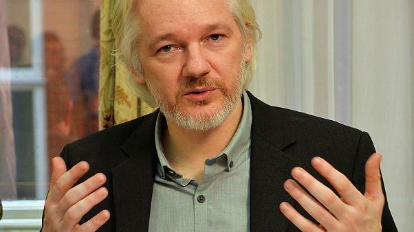 دادگاه استرداد جولیان آسانژ به آمریکا فوریه ۲۰۲۰ برگزار می شود