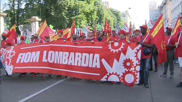 In Italia, i metalmeccanici in sciopero