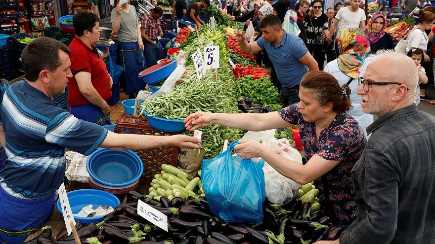 Rapor: Enflasyon gıdada yoksulu, ulaşımda zengini vuruyor