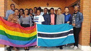 """Homosexuelle hoffen nach Entkriminalisierung auf """"friedliches"""" Leben"""