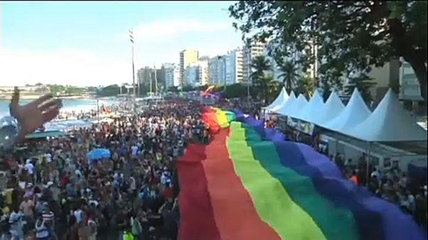 Суд Бразилии признал гомофобию преступлением