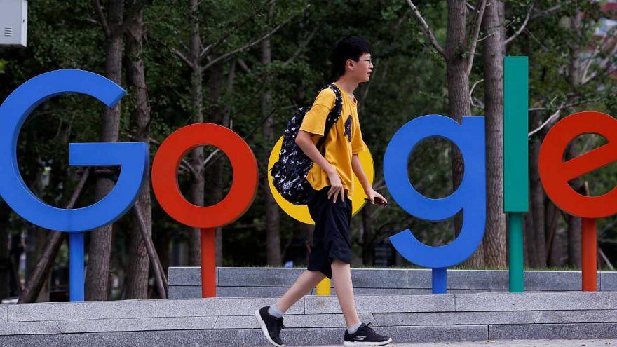 Hong Kong'da Google'a tepki: 'Üzücü' kelimesi Çince'ye 'mutlu edici' olarak çevrildi