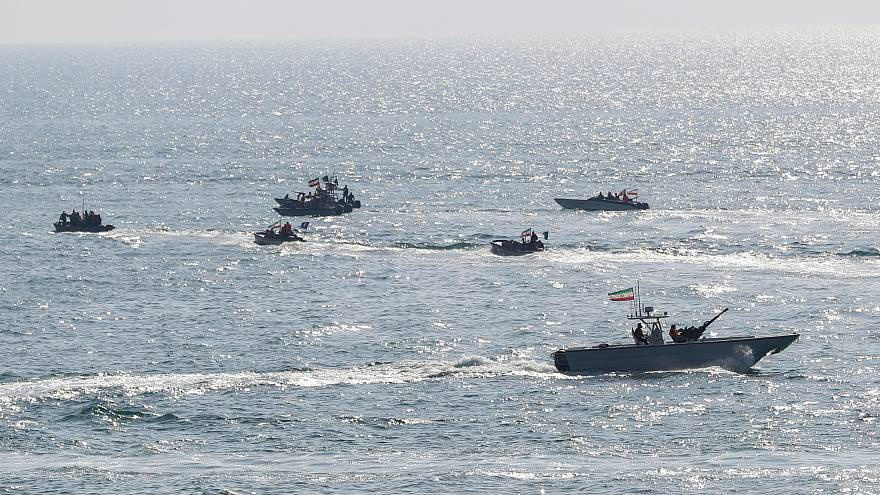 زوارق حربية إيرانية سريهة في مياه الخليج. كانون الأول/2018