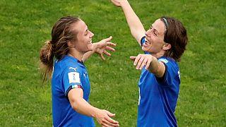 Itália e Inglaterra nos oitavos do Mundial de futebol