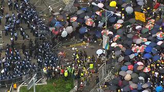 Hongkong setzt Auslieferungsgesetz aus