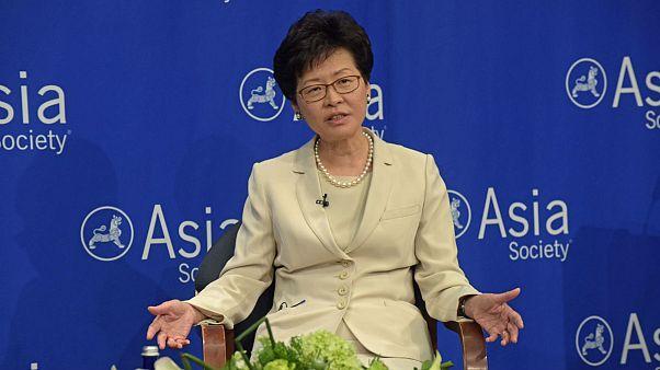 هنگ کنگ پیگیری لایحه استرداد متهمان به چین را متوقف کرد