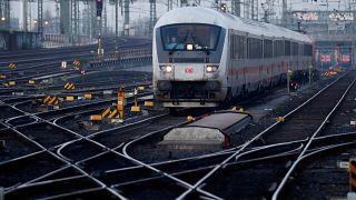 Alman demir yolu şirketi Deutsche Bahn, glifosat içeren ilaç kullanmayacak