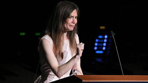 Amanda Knox, dönmeyeceğim dediği İtalya'ya giderek cinayet davasında yaşadıklarını anlattı