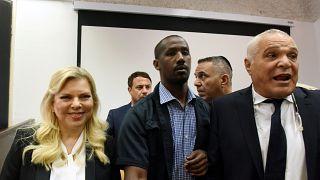 Sara Netanyahu multada por tribunal