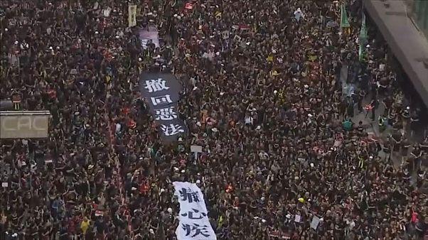 Mar Negro contra líder de Hong Kong