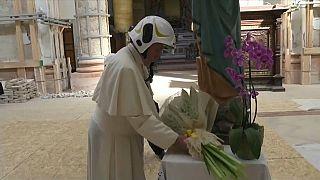 Misa papal en el epicentro del terremoto que sacudió la provincia de Macerata