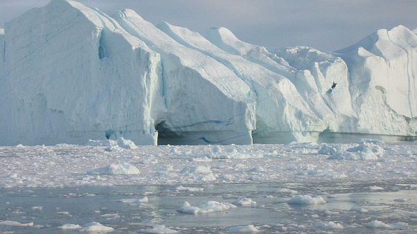 Grönland'da rekor buzul erimesi tespit edildi