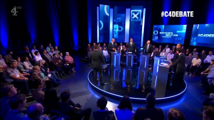 İngiltere'de başbakan adayları TV'de tartıştı: Favori aday Johnson katılmadı