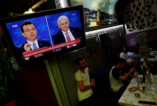 На турецком телевидении прошли дебаты кандидатов в мэры Стамбула