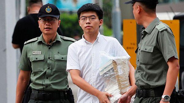 فعال سیاسی ۲۲ ساله هنگ کنگ پس از آزادی: کری لام باید کنارهگیری کند