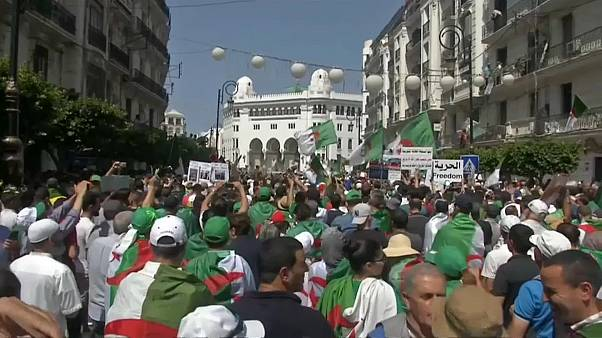 جانب من المظاهرات التي شهدتها الجزائر العاصمة 14-06-19