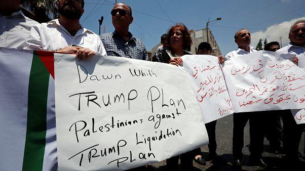 Filistinliler Trump'ın barış planına karşı
