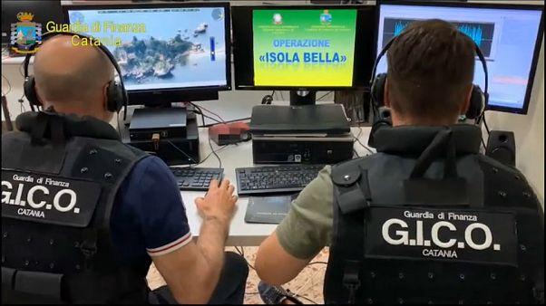 """Militari del Gico di Catania. L'operazione è stata chiamata """"isola Bella"""""""