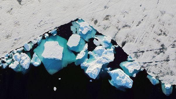 آژانس هوایی اروپا: بخشهای بزرگی از یخچالهای طبیعی گرینلند آب میشوند