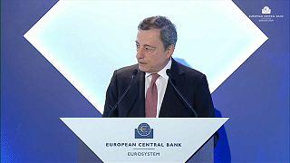 EZB-Chef Draghi will Geldpolitik weiter lockern – Trump wittert Abwertungswettlauf