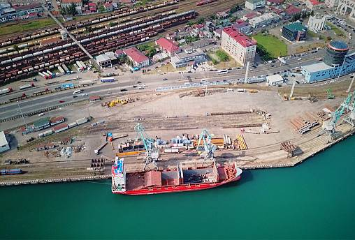 Georgia's Batumi port expansion seeks to connect East and West