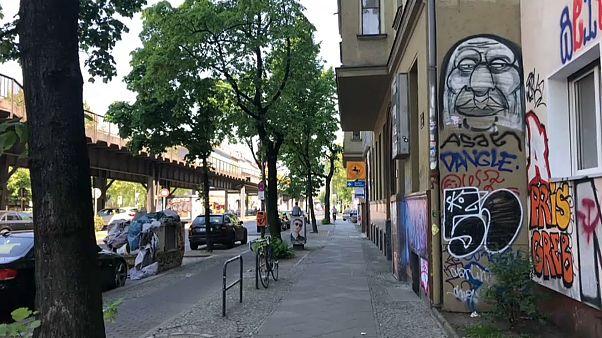Mietendeckel: Berlin friert als 1. Stadt die Mieten ein