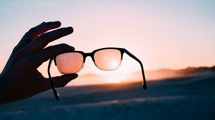 7 European sustainable sunglasses to invest in this summer
