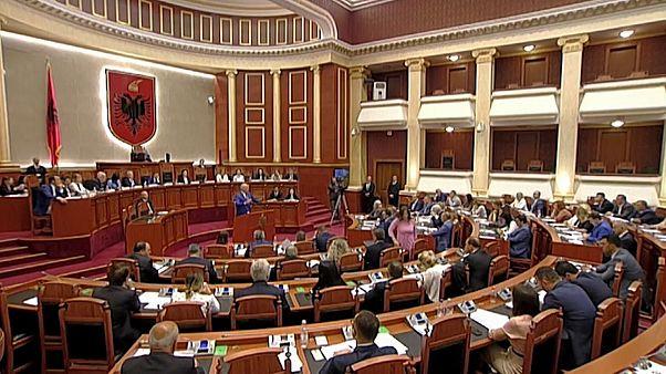 Ue: Albania e Macedonia del Nord rimandate a ottobre