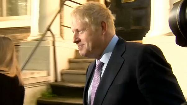 Boris Johnson gana el segundo asalto por la sucesión de Theresa May