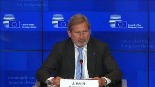 UE adia decisão sobre negociações para alargamento