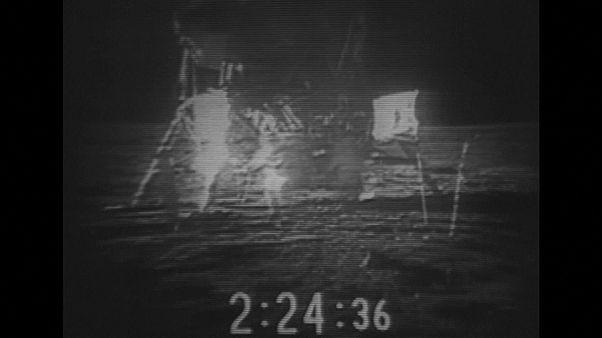 Il a marché sur la Lune il y a 47 ans, Charlie Duke raconte