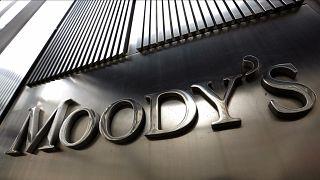 Kredi derecelendirme kuruluşu Moody's 18 Türk bankasının notunu düşürdü