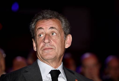 """L'ancien président français N. Sarkozy sera jugé pour """"corruption"""""""