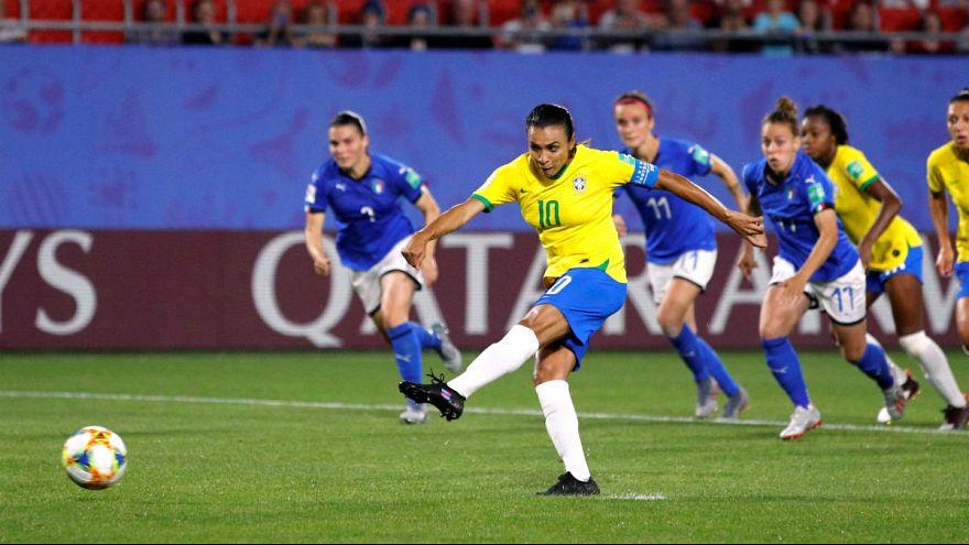 رکورد بیشترین گل زده توسط یک بازیکن در جام جهانی فوتبال شکسته شد