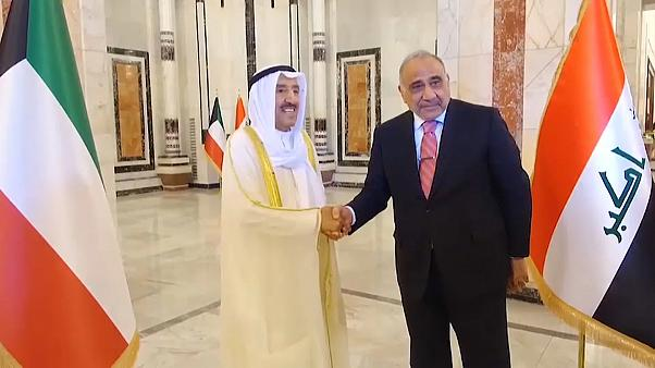 رئيس الوزراء العراقي عادل عبد المهدي وأمير الكويت صباح الأحمد الصباح