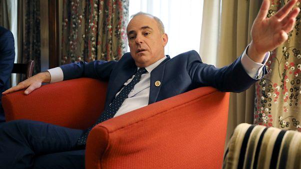 وزير الطاقة الإسرائيلي يوفال شتاينتز خلال مقابلة مع رويترز في القاهرة