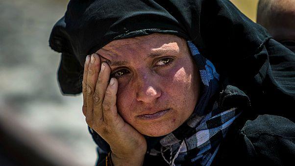 امرأة سورية نازحة داخل بلادها