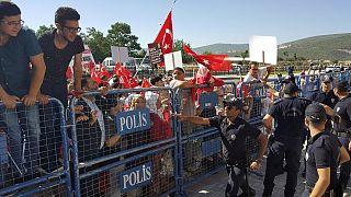 Gescheiterter Putschversuch in der Türkei: Lebenslange Haft für 24 Angeklagte