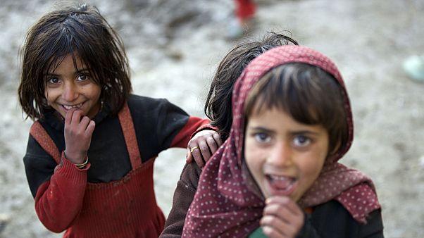 Queste sono le foto dei bambini costretti a fuggire dall'Afghanistan