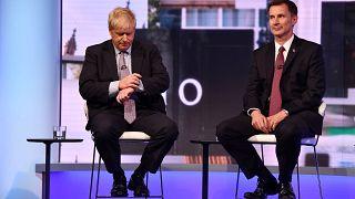 Johnson (55) und Hunt (52) erreichen Stichwahl um May-Nachfolge