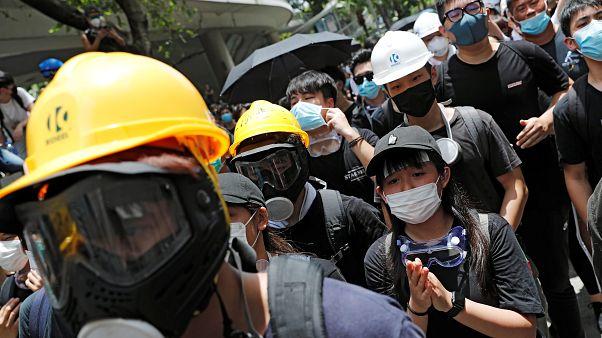 "Demonstranten in Hongkong: ""Lam muss weg"""
