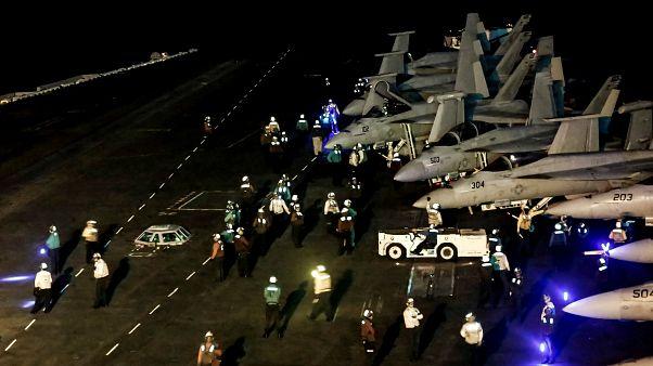 تدارک جنگنده های آمریکایی برای حمله به ایران از روی ناو آبراهام لینکن
