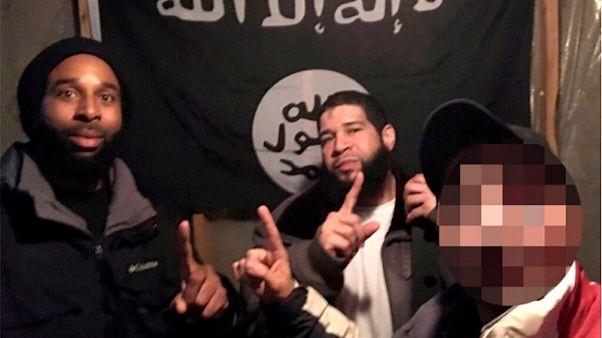أمنية برفع راية داعش فوق البيت الابيض تتسبب في إدانة رجلين