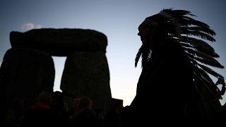 10.000 bei Sonnenwendfeier in Stonehenge