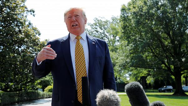 ترامب متحدثا مع الصحافيين في البيت الأبيض
