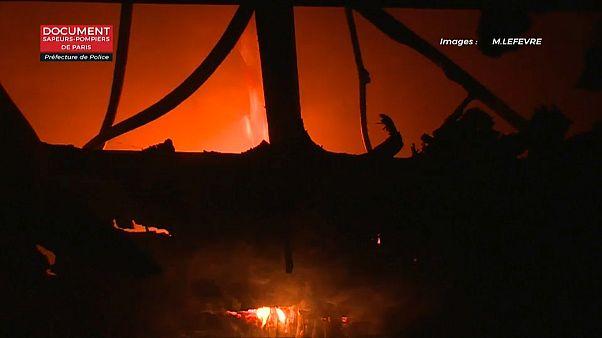 Incêndio em prédio de Paris faz três mortos
