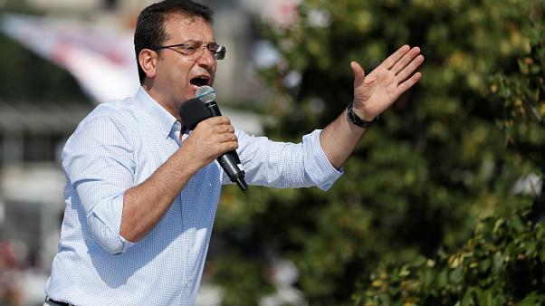 مرشح المعارضة إمام أوغلو خلال الحملة الانتخابية