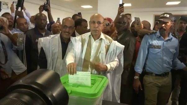 Mohamed Cheikh El-Ghazouani, pendant son vote