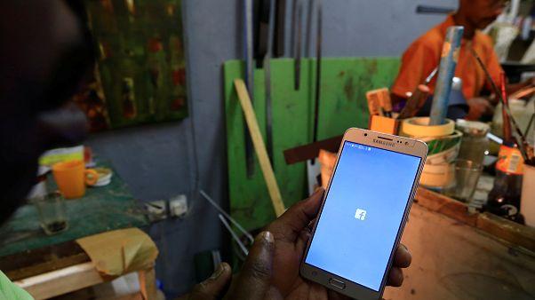 محكمة سودانية تلزم شركة بإعادة خدمات الانترنت التي أمر الجيش بقطعها